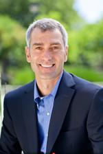 HP names <strong>Bill</strong> <strong>Veghte</strong> COO, George Kadifa to head software