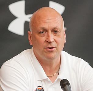 "Cal Ripken Jr. says he remains ""interested"" in an MLB front office job if an opportunity arose."