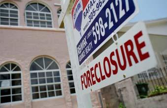 State prosecutors, federal regulators and five major banks have agreed to a $25 billion settlement over foreclosure practices.