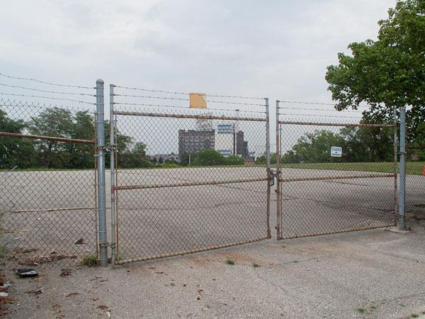 GE has sold this vacant lot along Fort Avenue in Locust Point to a Columbia development team.