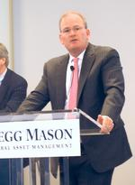 Legg Mason CEO Fetting's pay approved in quiet annual meeting