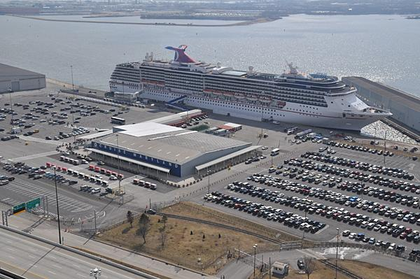 Experts say a potential strike or lockout will not affect cruising out of the Port of Baltimore.