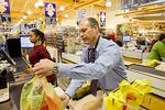 Maryland may impose levy on plastic bags in groceries