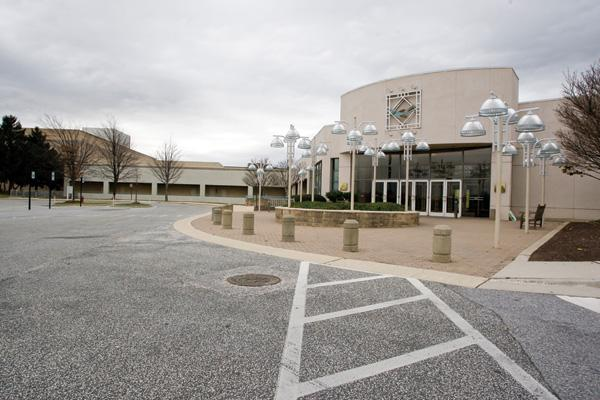 Owner Kimco might maintain the status quo at Owings Mills Mall.
