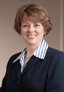 Leslie Simmons
