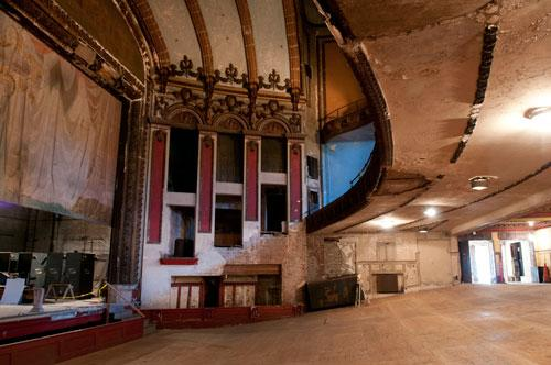 The Lyric Theatre was built in 1914.