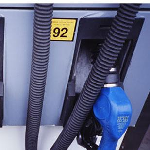 Gas prices are expected to climb this week and into the Memorial Day holiday weekend, topping $4 per gallon again in Dayton.