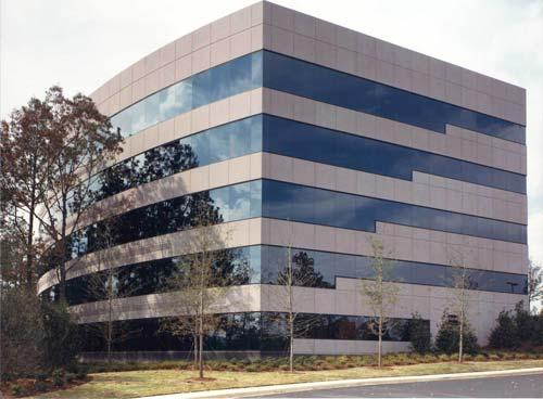 An auction of four Meadow Brook North office buildings failed to bring a high enough bid and are now off the market.