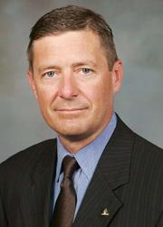 Regions Financial Corp. (NYSE: RF) has named Scott Peters head of consumer services.