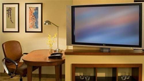 Hotel Room Tvs Hdmi Port – Global Violins