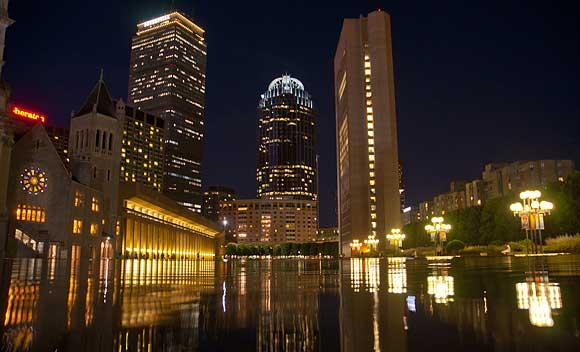 Boston doesn't just offer a good variety of hotels for business travelers. It also puts them in varied neighborhoods.