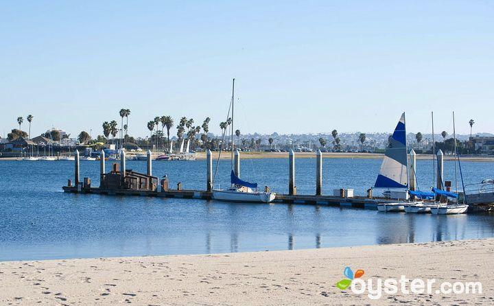 Mission Bay allows business travelers a chance to get away from the stress of work with a dip in the ocean.