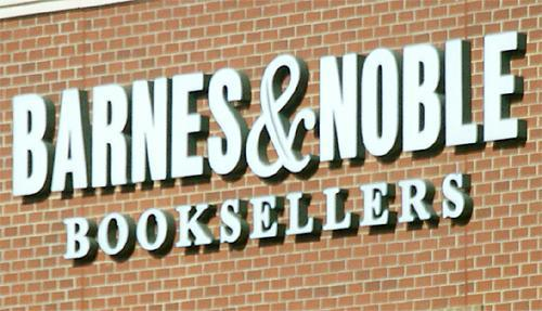 Barnes & Noble is closing two stores in Irving.