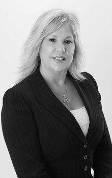 Karen Lanzarini