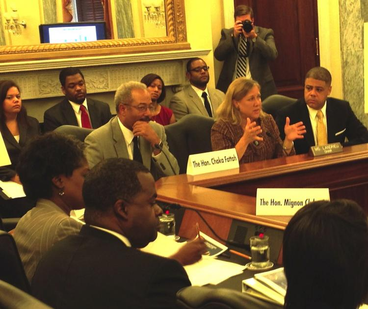 Sen. Mary Landrieu, D-La., chairs Senate Small Business & Entrepreneurship Committee roundtable on ways to close the wealth gap between whites and African Americans.