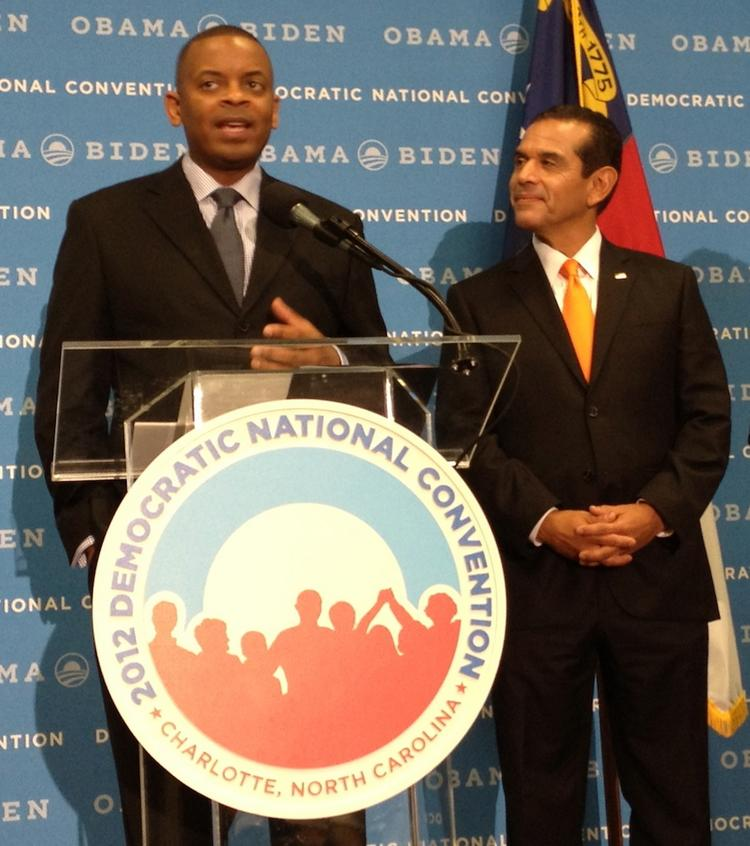 Charlotte Mayor Anthony Foxx, left, and Los Angeles Mayor Antonio Villaraigosa kick off the Democratic National Convention with a press conference.