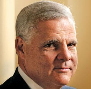 EMC CEO Joseph Tucci said the company plans to grow by acquiring security software businesses, a German newspaper reported.
