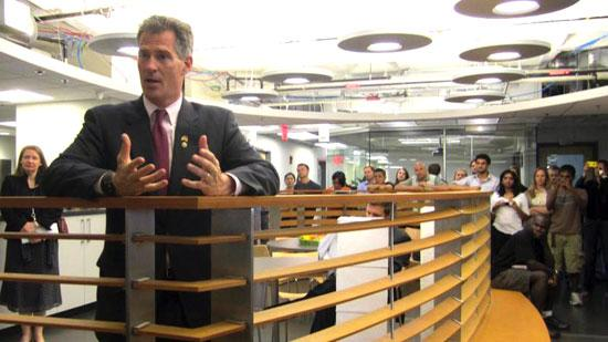 """Massachusetts Senator Scott Brown, who met with entrepreneurs at the Cambridge Innovation Center in June, is now looking to allow startups raise up to $1M through """"crowdfunding."""""""