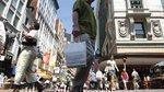 Menino blasts business district for booting pushcart vendors