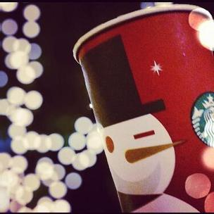 Starbucks 2012 holiday red cup