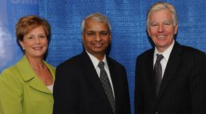 From left, UMass Lowell Executive Vice Chancellor Jacqueline Moloney, Deshpande Foundation Founder Gururaj