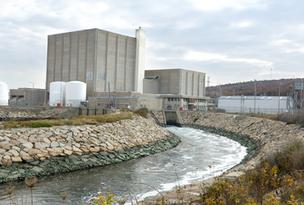 Power outages hit the South Shore hard, knocking out service for 90 percent of NStar customers in Scituate and Plympton, and cutting power twice to the Pilgrim Nuclear Power Station in Plymouth.