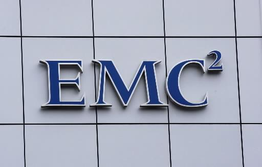 EMC is reportedly in buyout talks with Dallas-based SoftLayer Technologies, a database web hosting company.