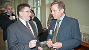 Freelance writer Mike Hoban speaks with AllOneHealth's Alain McMurtie at the Boston Business Journals Healthiest Employers awards breakfast at the Seaport Hotel.