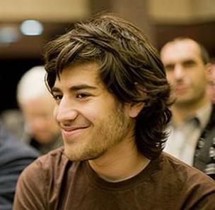 Portrait photo of Aaron Swartz.