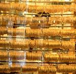 State Street's gold ETF drops 6%
