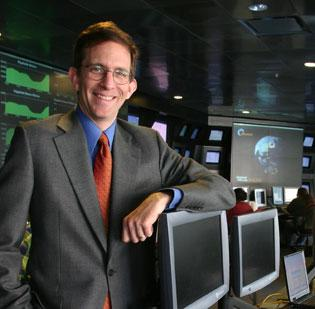 Akamai CEO Paul Sagan plans to step down from the chief executive's post by the end of 2013.
