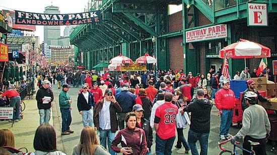 Fans are remaining loyal to the Boston Red Sox despite the Olde Towne Team's recent woes. So, too, are corporate sponsors.