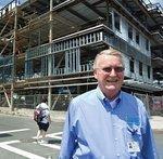 Neighborhood health services growth boosts contractors