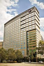 Renaissance Boston auction underscores shaky hotel sector