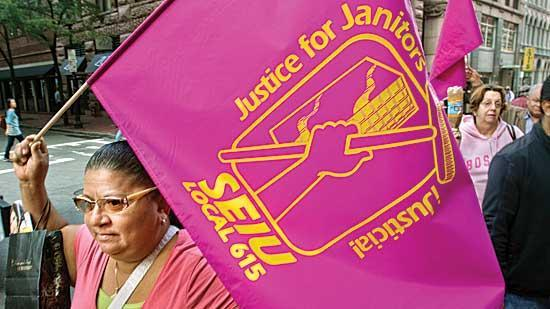 Union janitors and management are getting closer to an agreement, but both sides are still fighting over the number of full-time workers.
