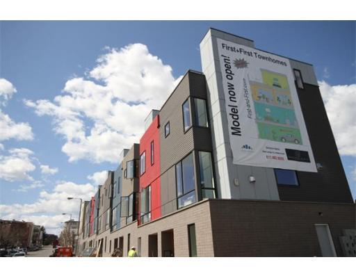 Sales at First and First Townhomes helped fuel a 14 percent rise in condo purchases in the third quarter.