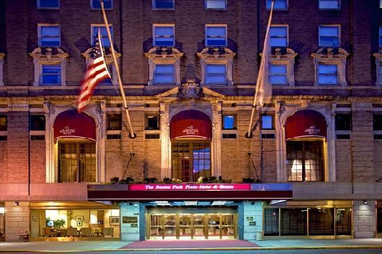 Revenues and vacancies in Greater Boston hotels were mixed in May, according to as new survey.