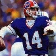 13. Frank Reich (1985-1994).