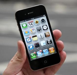 Apple's market share in China dropped to 10 percent in the second quarter.