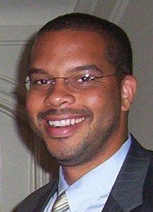 Dr. Ayindé Rudolph