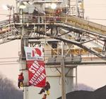 Greenpeace demands more clean power from Duke Energy
