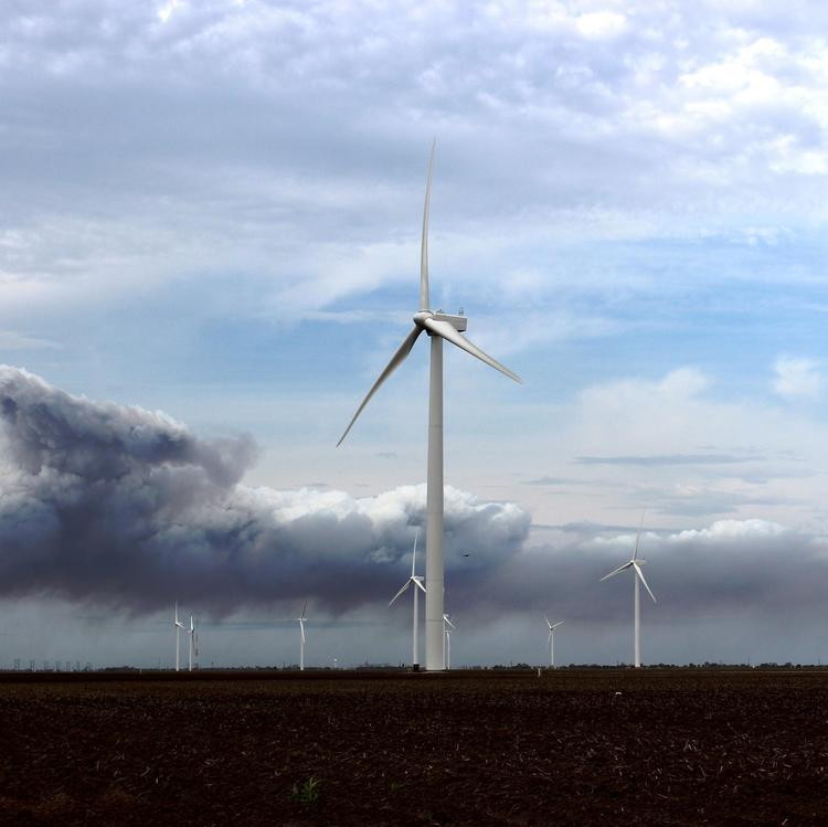 Duke Energy Renewables completed its 402-megawatt Los Vientos wind farm in late December.