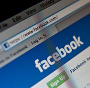 Facebook is losing business users to LinkedIn.