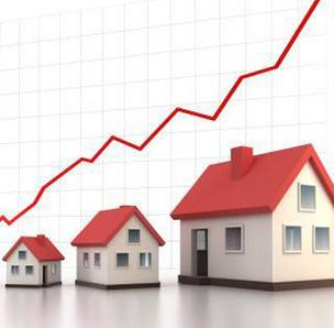 Home prices continue to rise but the fiscal cliff could stall the recovery, according to Clear Capital.