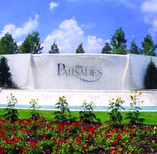 Irvin, Calif.-based Standard Pacific Homes has purchased 1,100 lots in The Palisades.