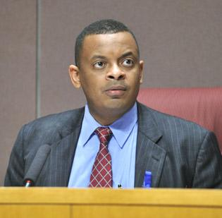 Mayor Anthony Foxx hopes to help City Council reach a majority vote on the long-delayed Capital Investment Plan next week.