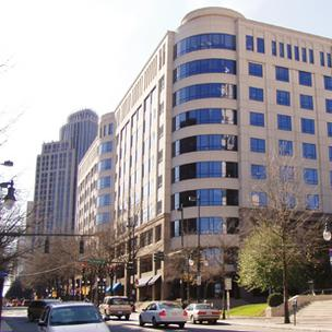 McMahon's staff moved in last week at the Transamerica Building.