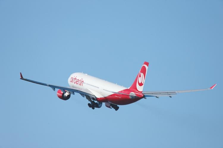 Air Berlin will launch nonstop service between Chicago and Berlin in March, 2013.