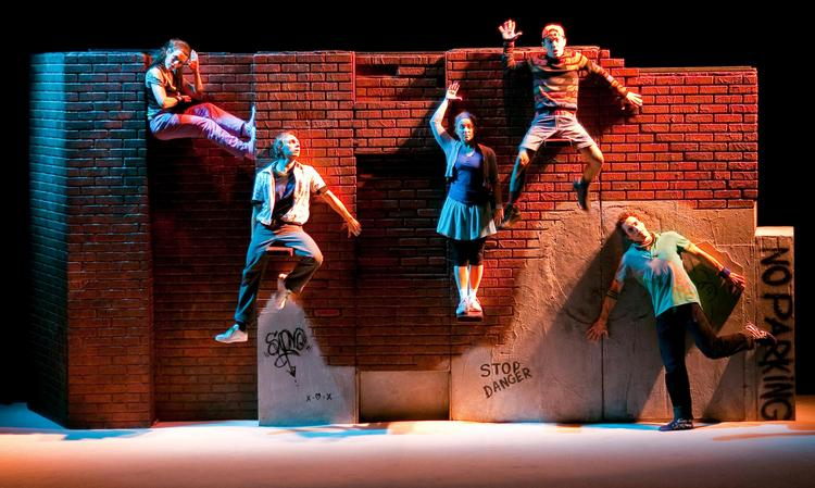 """DynamO Theatre's """"Mur-Mur (The Wall)"""" is among the performances to be featured at Chicago Humanities Festival's """"Stages, Sights and Sounds"""" event in May."""