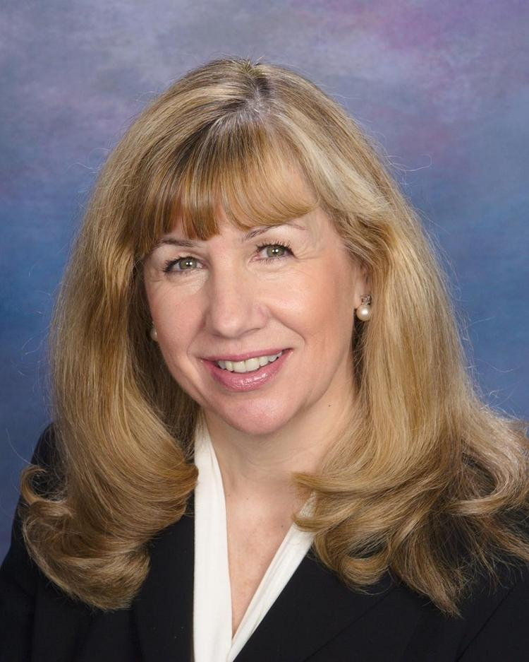 Cathay Pacific Airlines has promoted Sandra Quirk to sales director for the Midwest region of the United States.